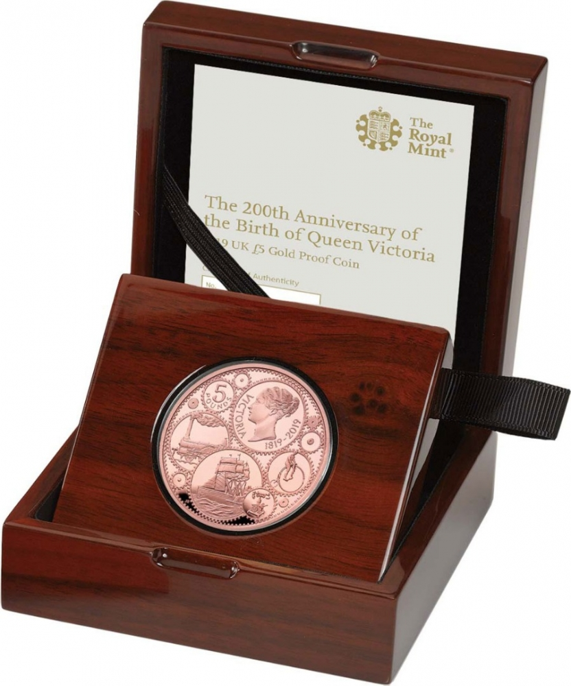 5 Pounds 2019, United Kingdom (Great Britain), Elizabeth II, 200th Anniversary of Birth of Queen Victoria, Royal Mint case accompanied by a booklet