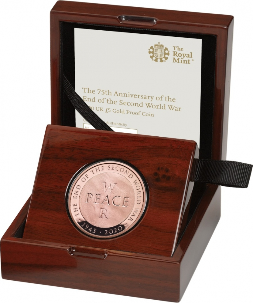 5 Pounds 2020, United Kingdom (Great Britain), Elizabeth II, 75th Anniversary of WWII End, Royal Mint case accompanied by a booklet